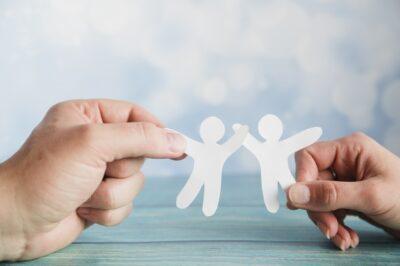 130 actos de bondad aleatorios para niños y adultos por igual